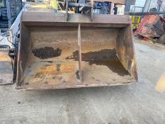 6 FOOT WIDE DITCHING BUCKET FOR 20 TON DIGGER / EXCAVATOR, 65MM PINS *NO VAT*