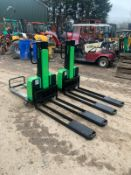 2018 INNOLIFT IM600.800 ELECTRIC PALLET TRUCKS, ALL WORKS, CLEAN MACHINE, YOU ARE BIDDING FOR ONE