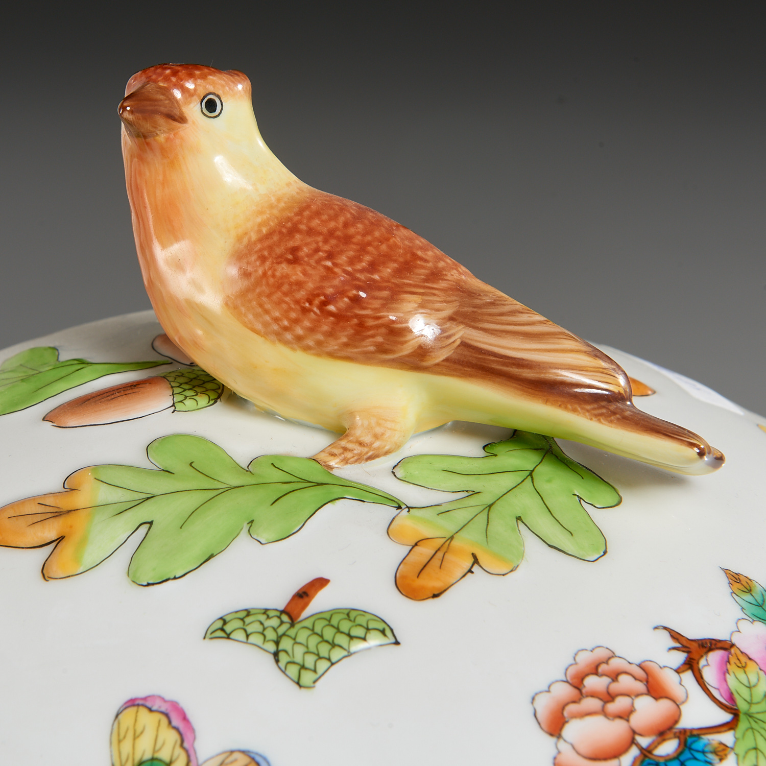 Lot 55 - Herend Porcelain Tureen, Tray, and Dish