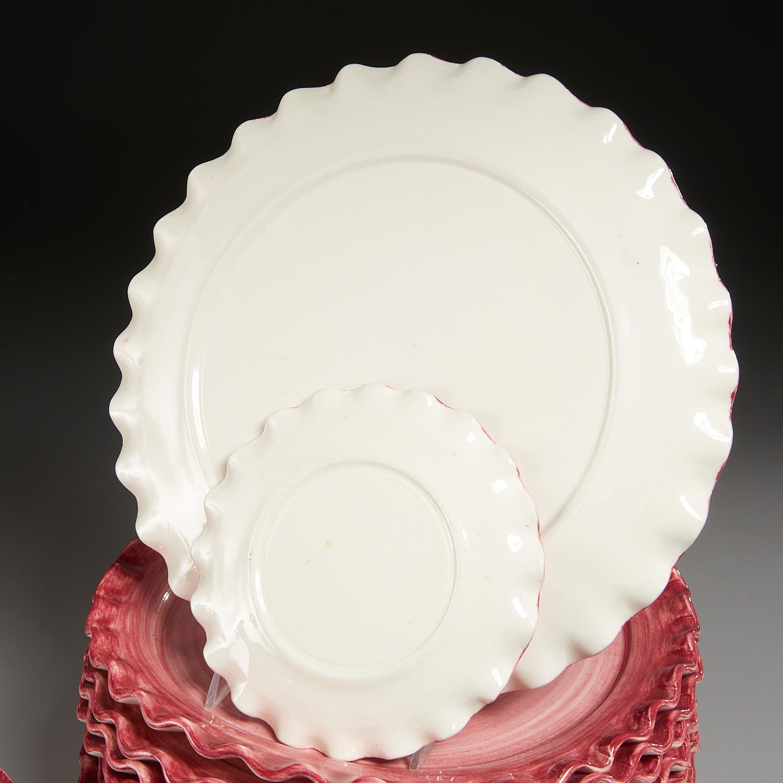 Lot 27 - Italian Ceramic Tulip-Form Part Table Service