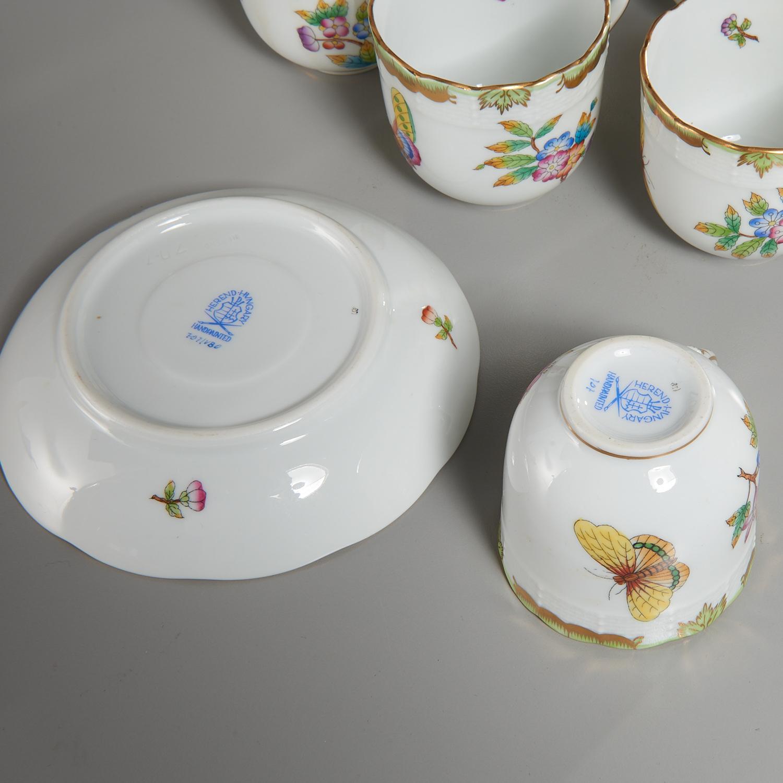 Lot 54 - (16) Herend Porcelain Demitasse Cups & Saucers