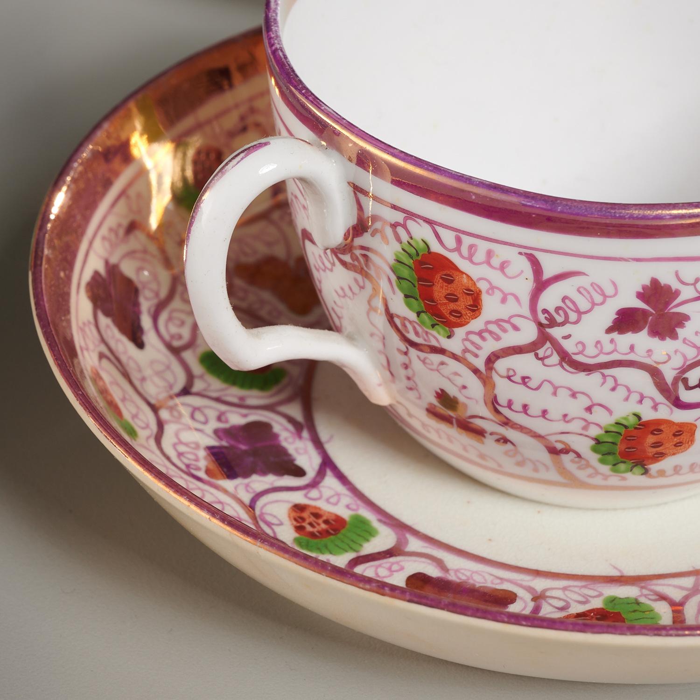 Lot 26 - Botanical Porcelain Group