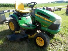 JD LA165 RIDING MOWER