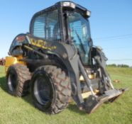 CNH L218 SKID STEER
