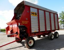 H&S TWIN AUGER 16' LH FORAGE WAGON ON TANDEM GEAR