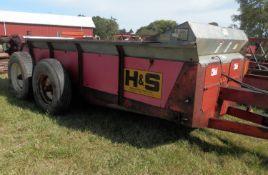 H&S 310 MANURE SPREADER