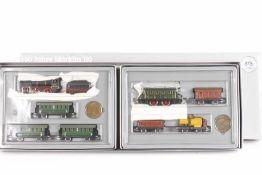 Märklin 0050, zwei nostalgische Züge in der Jubiläumspackung<br