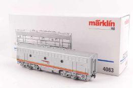 "Märklin 4063Märklin 4063, Diesellok-B-Unit ""SANTA FE"", ohne Führerstand, ohne Antrieb, sehr gut"