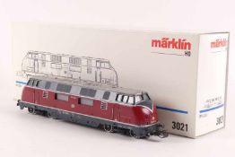 "Märklin 3021Märklin 3021, Diesellok ""220 043-4"" der DB, analog, gedruckte Schrift, sehr gut"