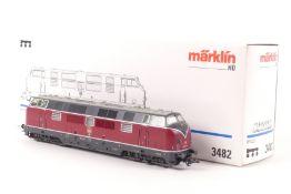 """Märklin 3482Märklin 3482, Diesellok """"221 127-4"""" der DB, professionell umgebaut mit Digital-Decoder"""
