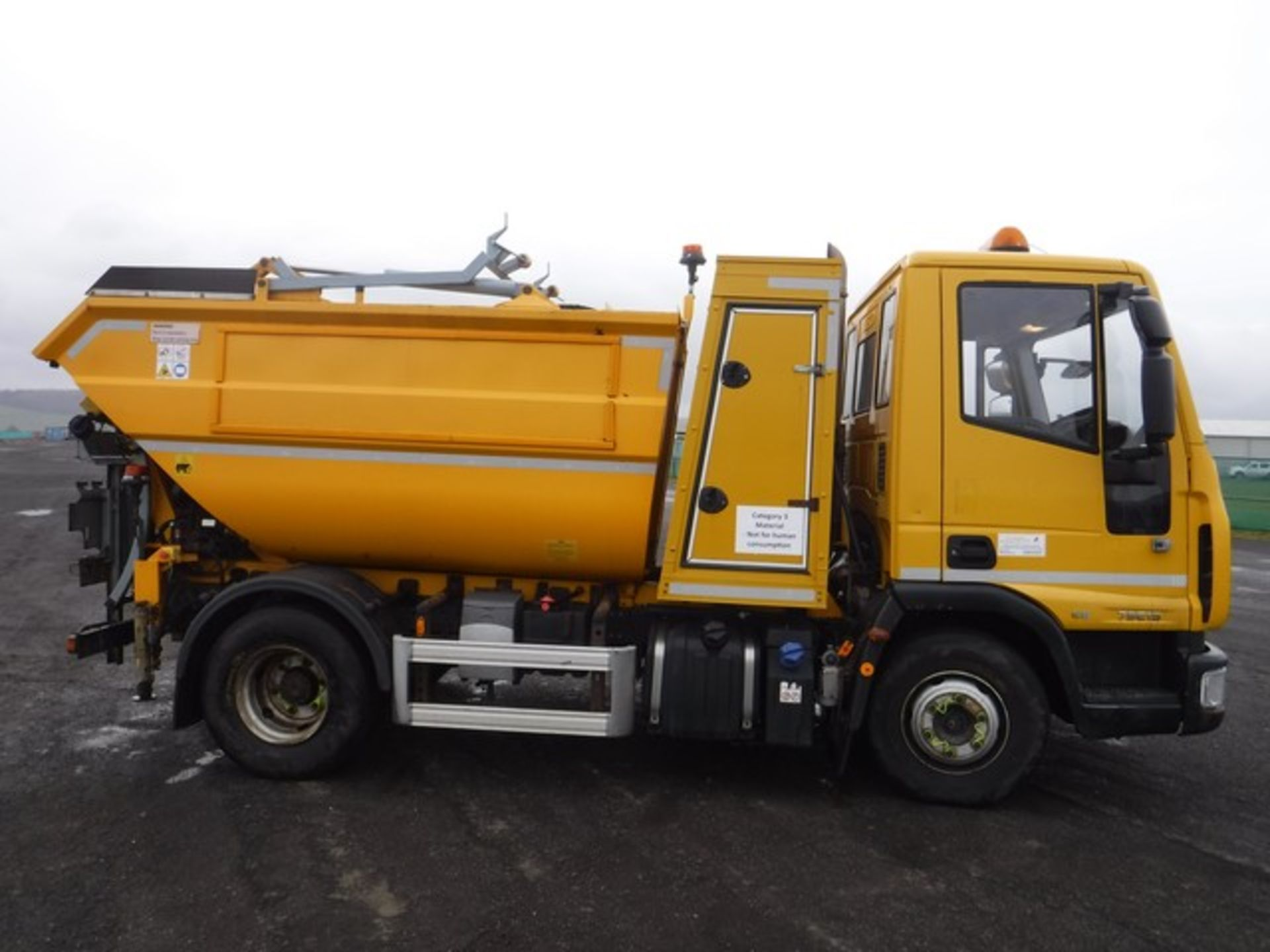 Lot 1718 - IVECO EUROCARGO 75E19S S-A - 4485cc