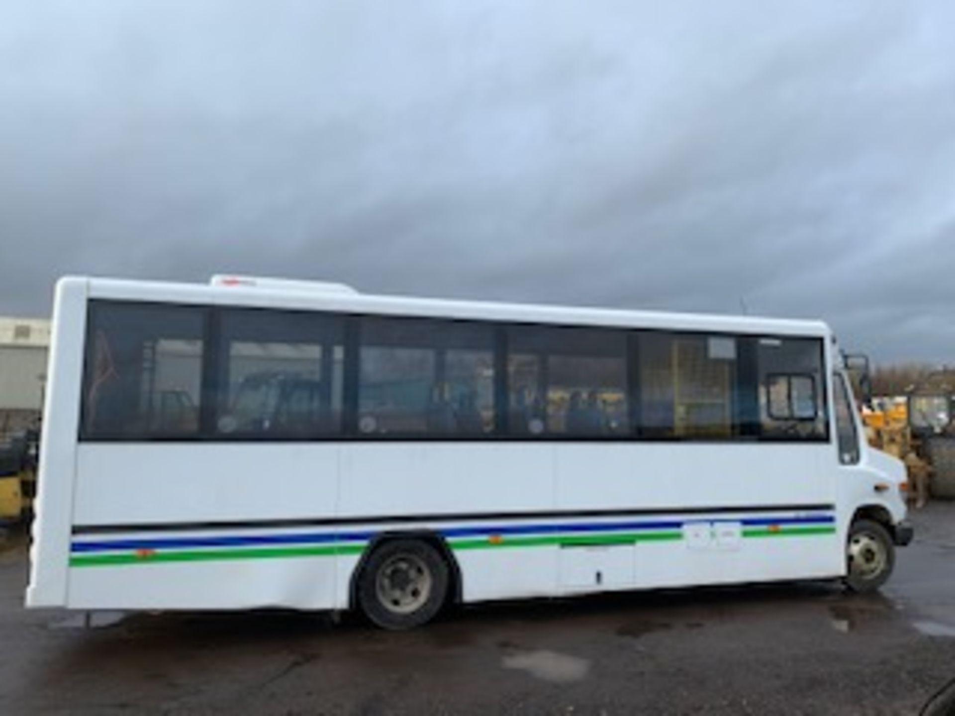 Lot 1724 - MERCEDES VARIO - 4249cc