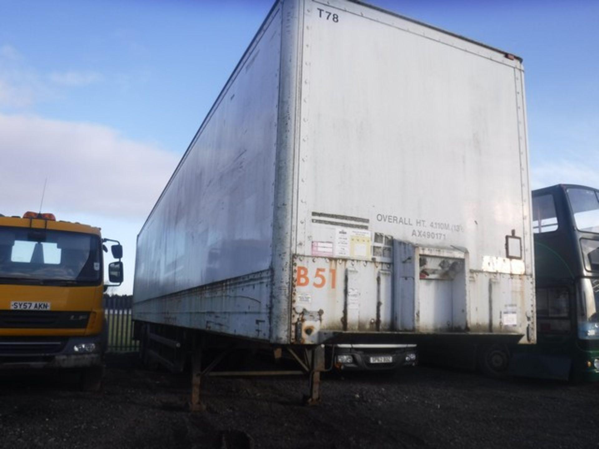 Lot 1609 - MONTRACON 2 AXLE BOX TRAILER 40x8FT SN - DV60137