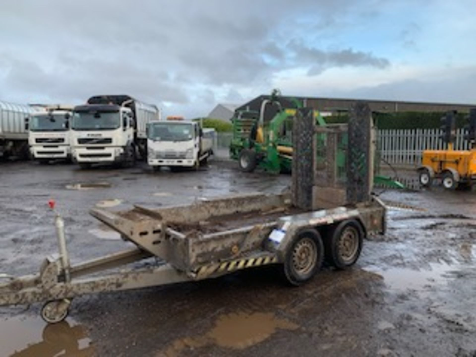 Lot 1401 - BRIAN JAMES DIGGER TWIN AXLE TRAILER 27T 9FTx6FT ASSET NO - 758-5112
