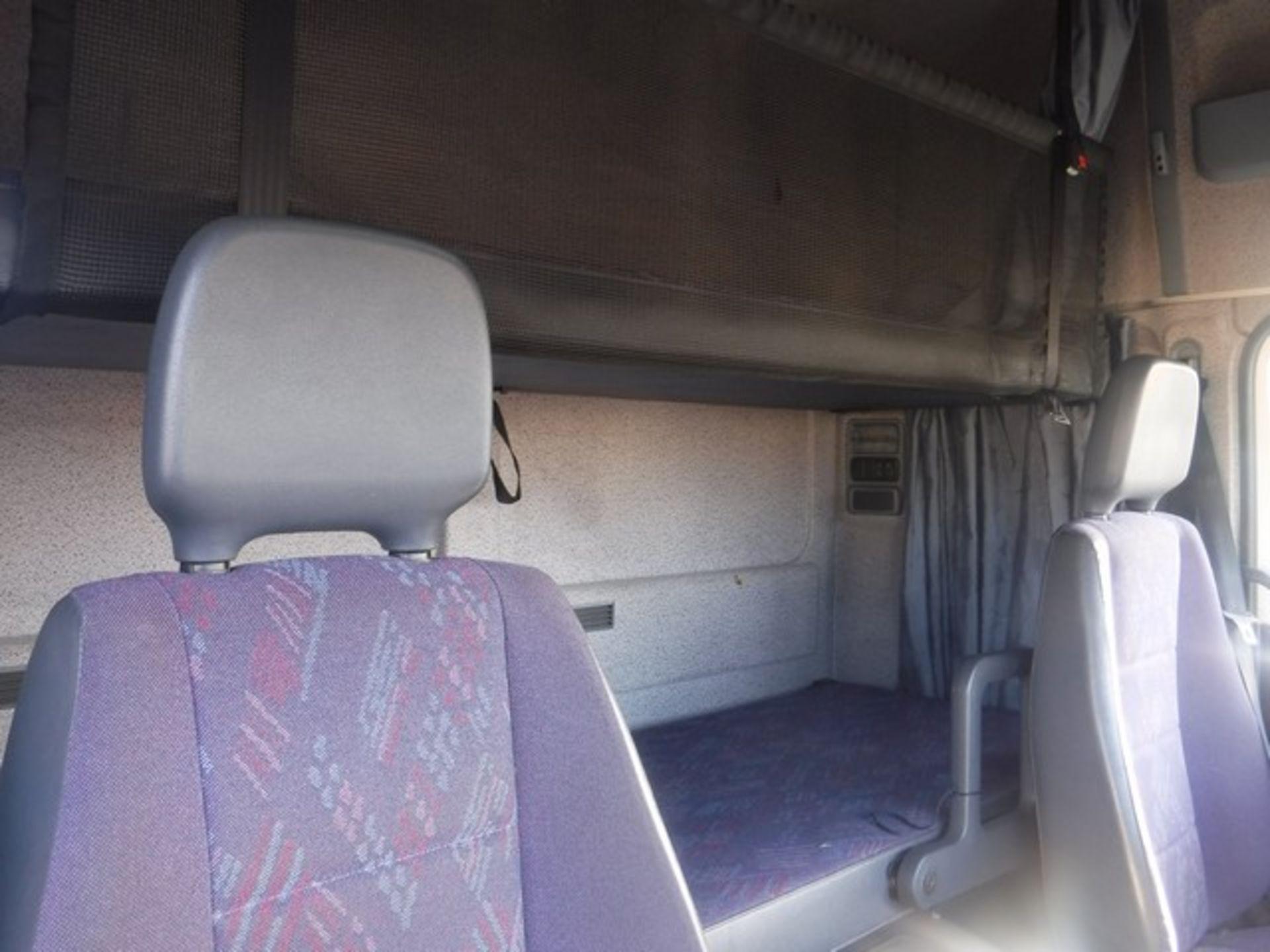 Lot 1709 - MERCEDES BOX VAN - 4250cc