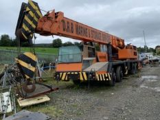 COLES 8x4 MOBILE CRANE **STARTS AND OPERATES**