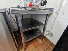 Stainless steel counter 2dt with shelvs