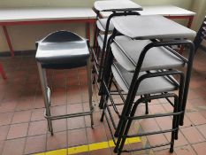 8x Asorted bench stools