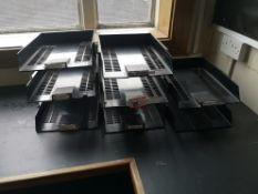 3x paper trays