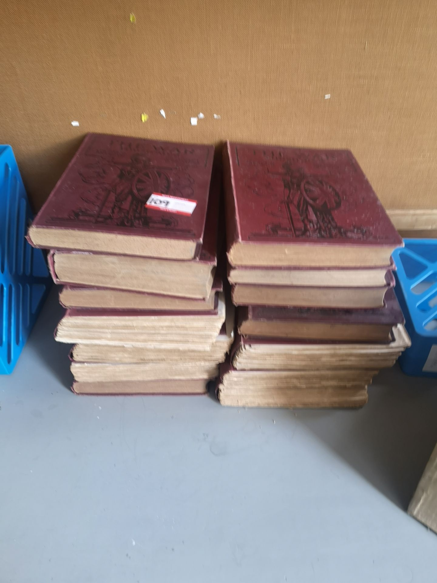 Lot 109 - assorted vintage The WAR books