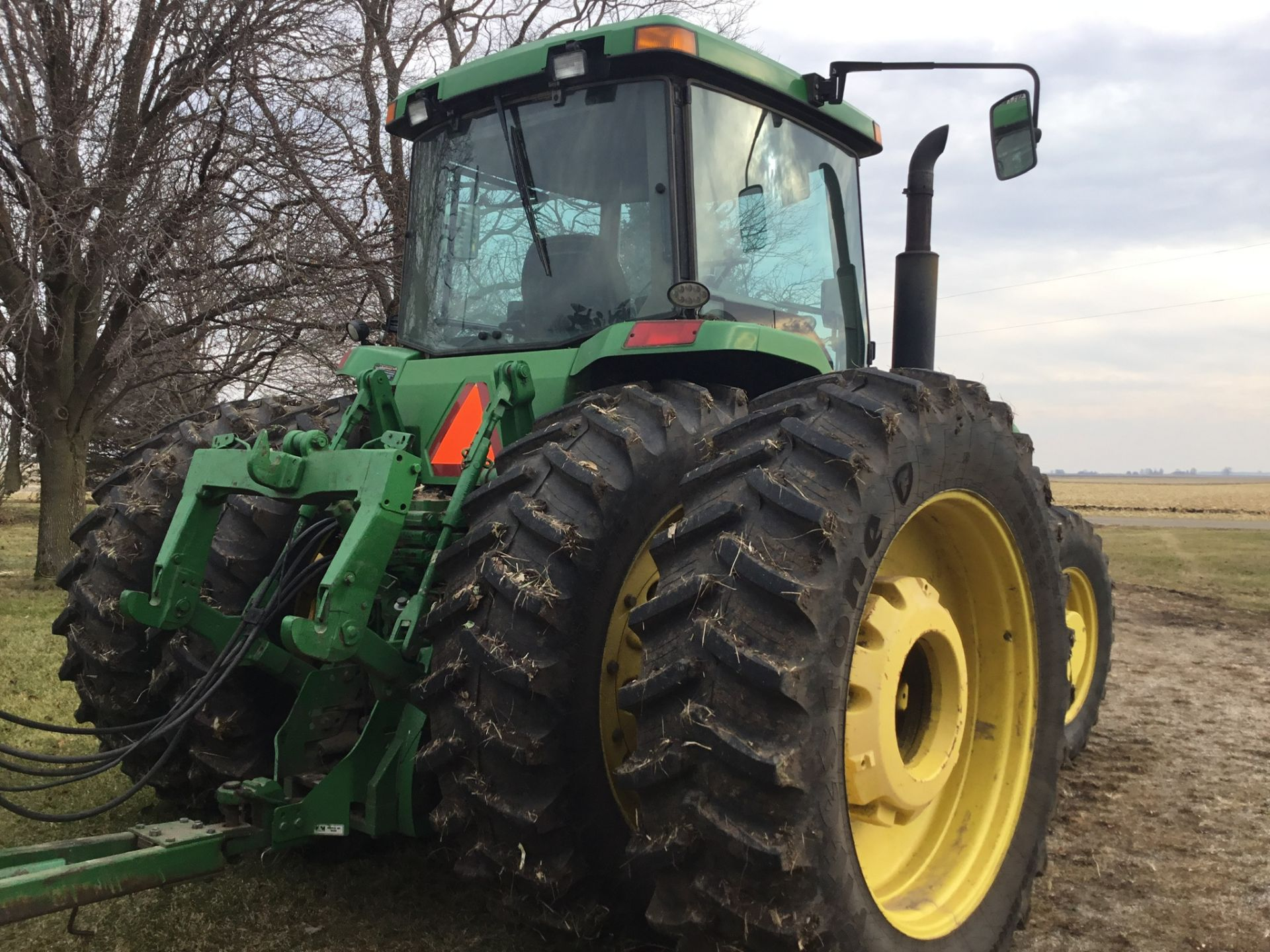 1997 John Deere 8300 MFWD, Power Shift, 3 Hydraulic Remotes, 3 Pt., Quick Hitch, PTO, Green Star - Image 16 of 25