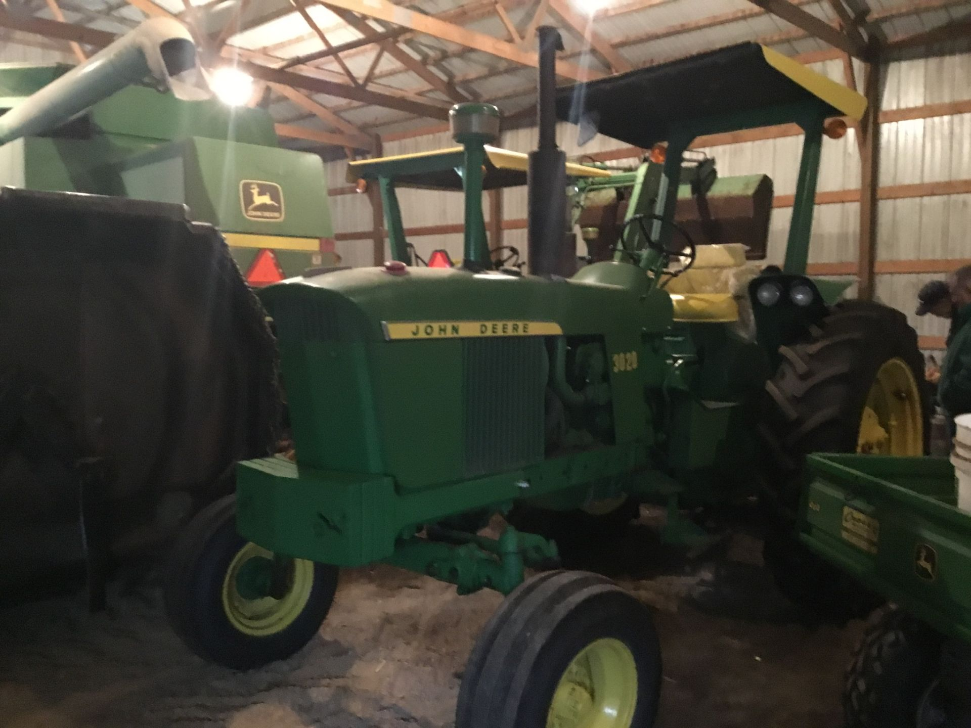 1966 John Deere 3020 Gas, JD Wide Front, Synchro Range, Roll Bar & Canopy, Dual Hydraulic Remotes, - Image 6 of 13