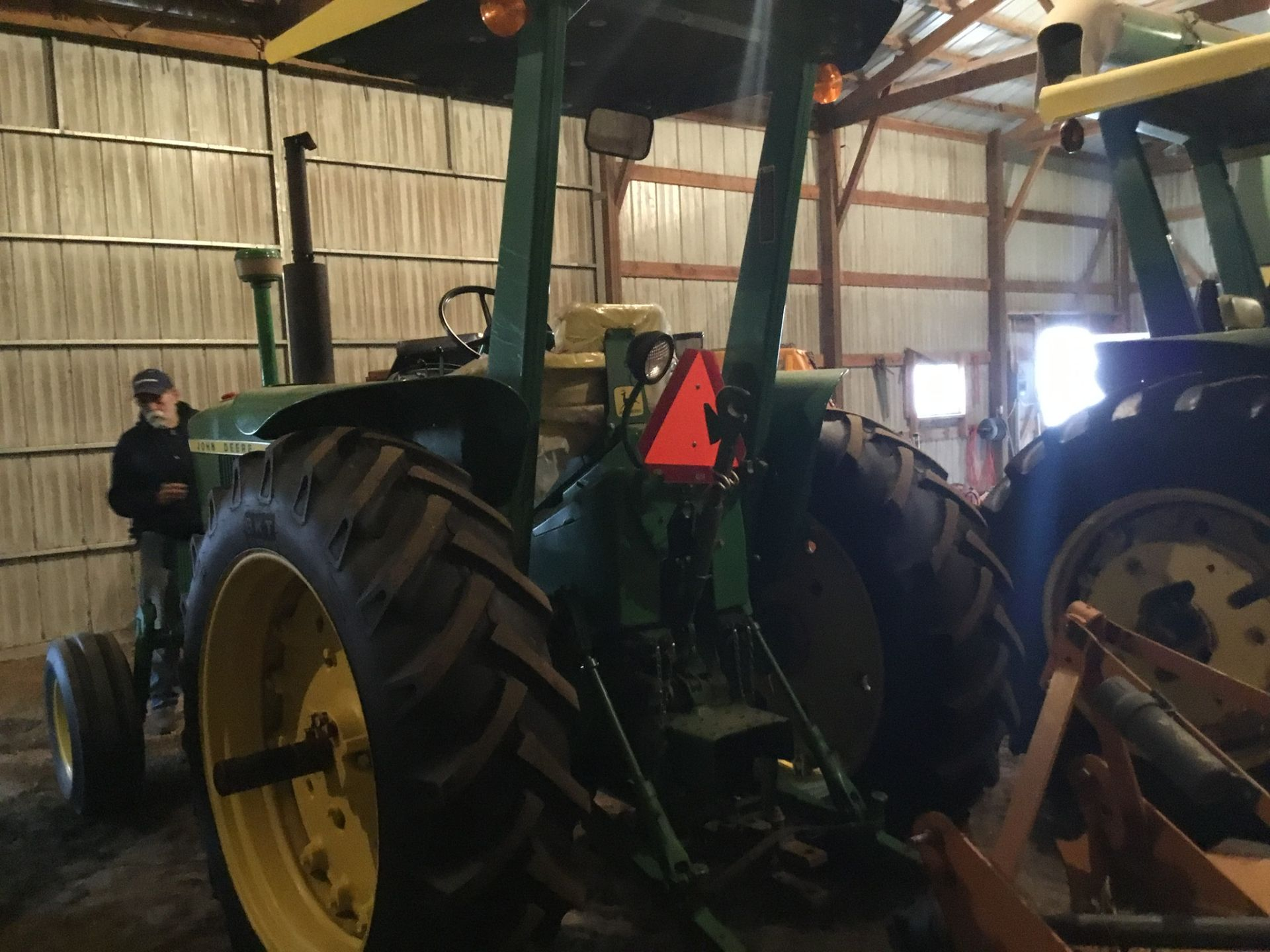 1966 John Deere 3020 Gas, JD Wide Front, Synchro Range, Roll Bar & Canopy, Dual Hydraulic Remotes, - Image 2 of 13