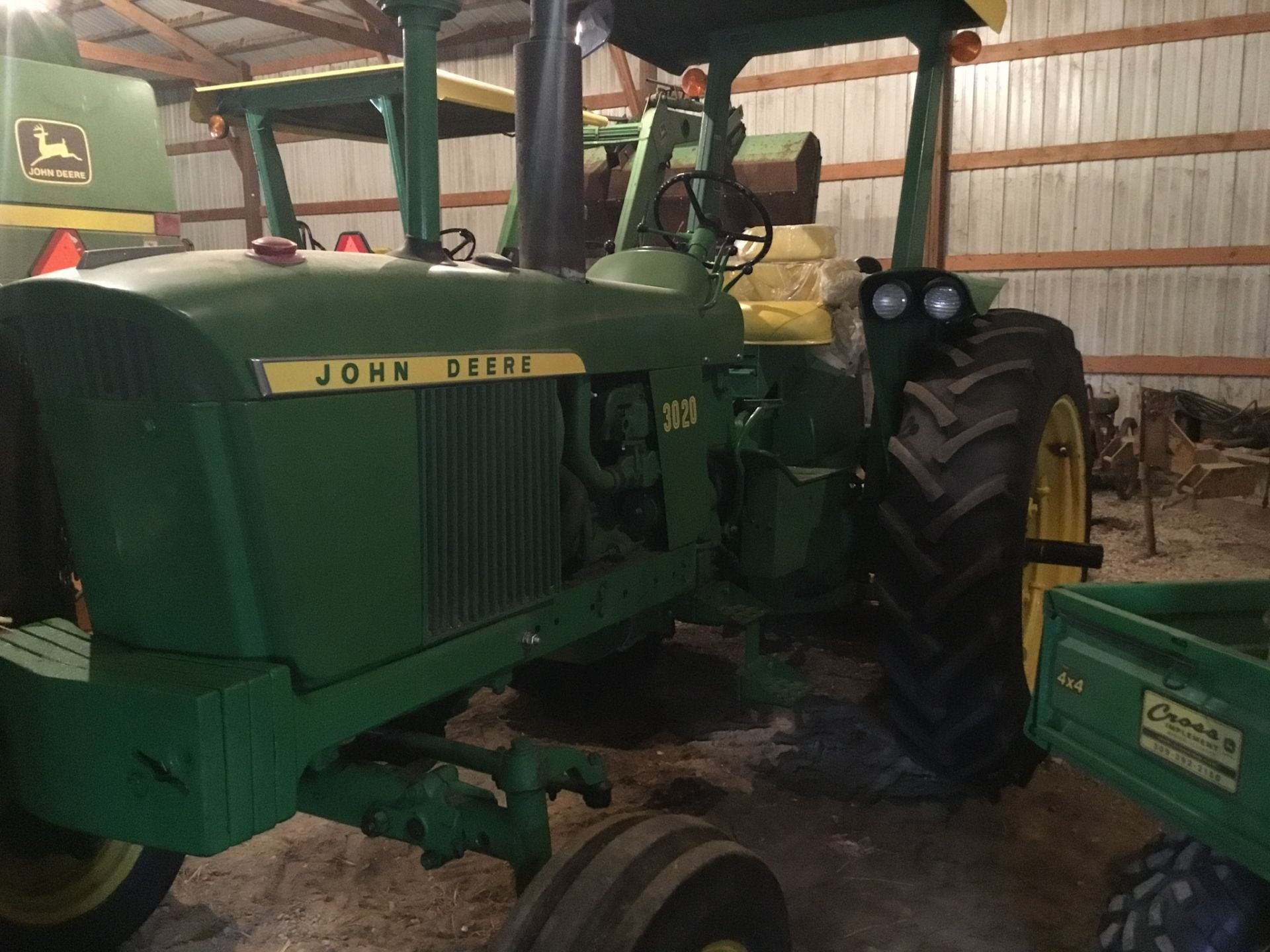 1966 John Deere 3020 Gas, JD Wide Front, Synchro Range, Roll Bar & Canopy, Dual Hydraulic Remotes, - Image 9 of 13