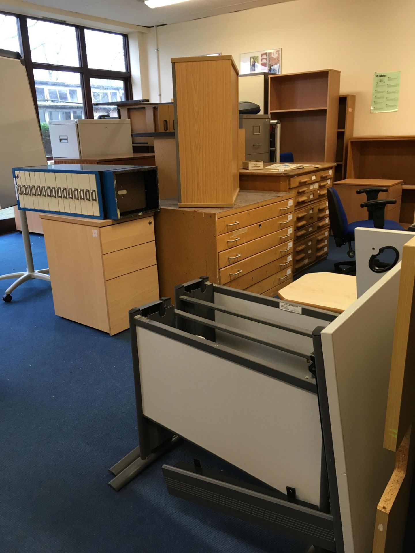 Lot 585 - Miscellaneous lot comprising, cantilever frame desk, side table, bookcase, gas lift chair (damaged),