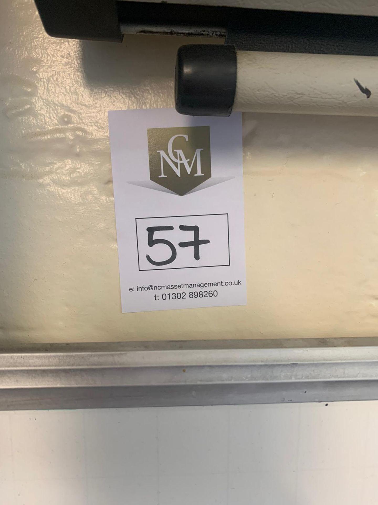 Lotto 57 - White Board