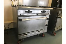 Oven With 2 Hot Plates
