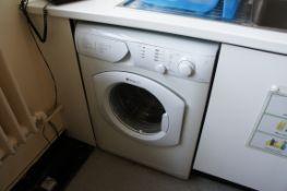 Hotpoint HVL241 automatic washing machine