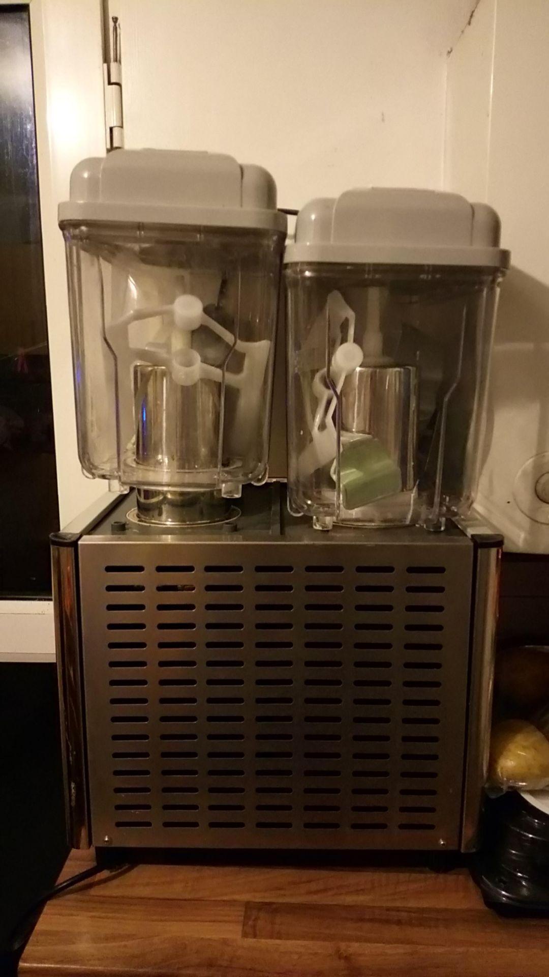 Lot 111 - Interlevin Juice Dispenser