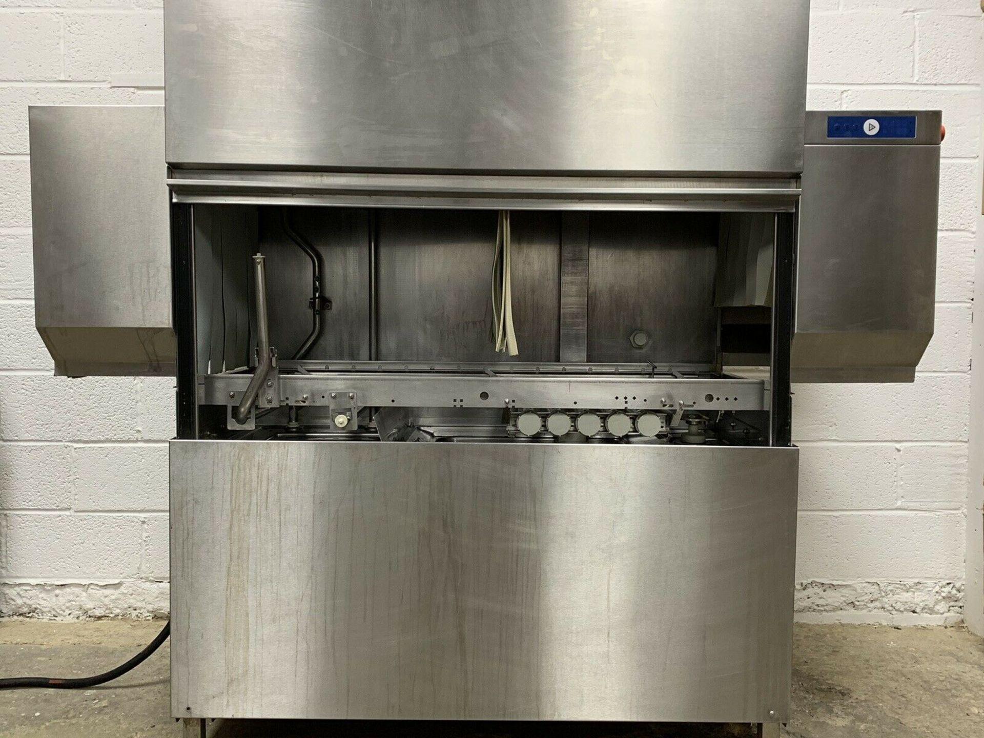 Lot 73 - Hobart CAN Conveyor Rack Dishwasher