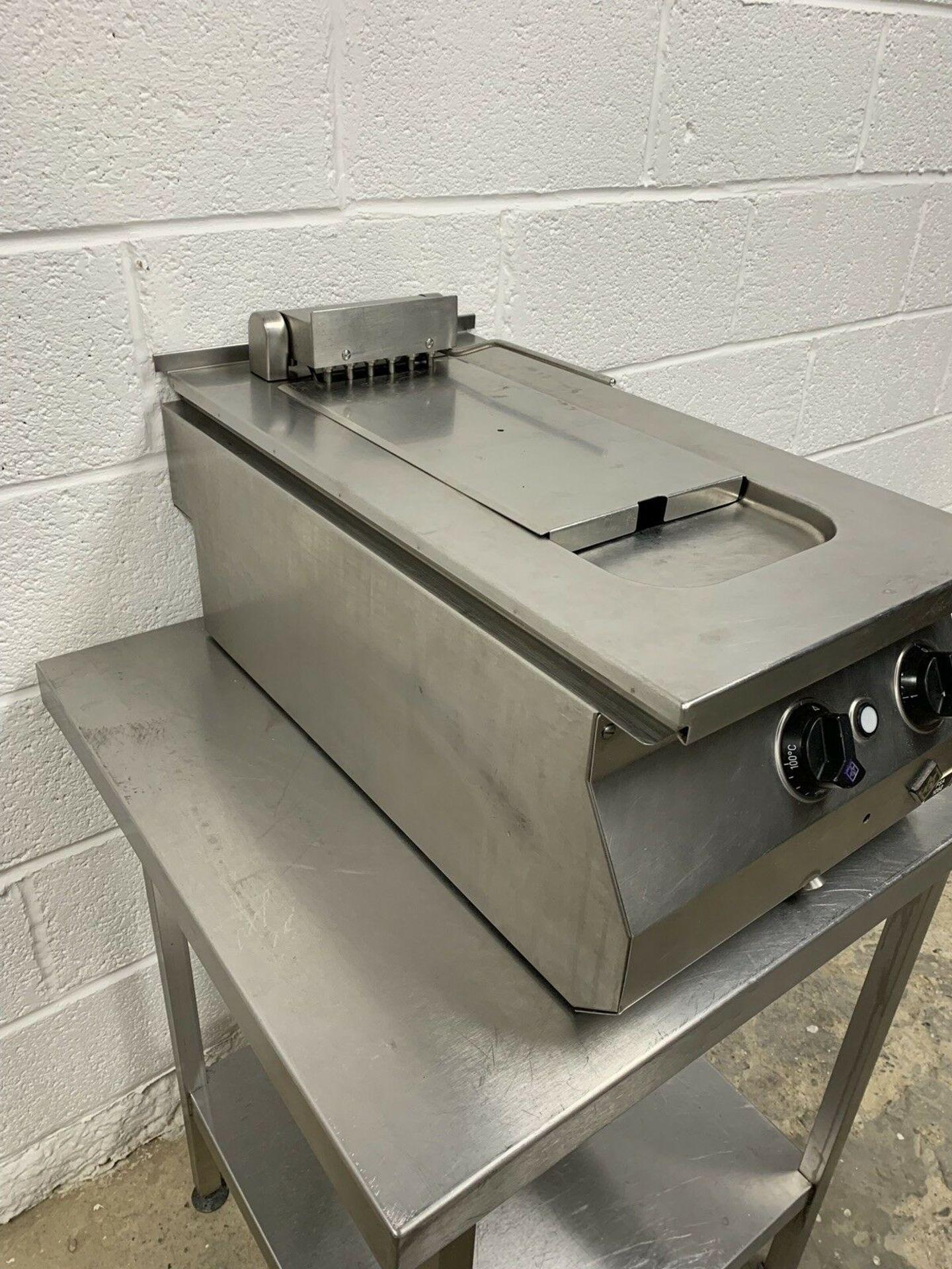 Lot 96 - MKN Countertop Fryer