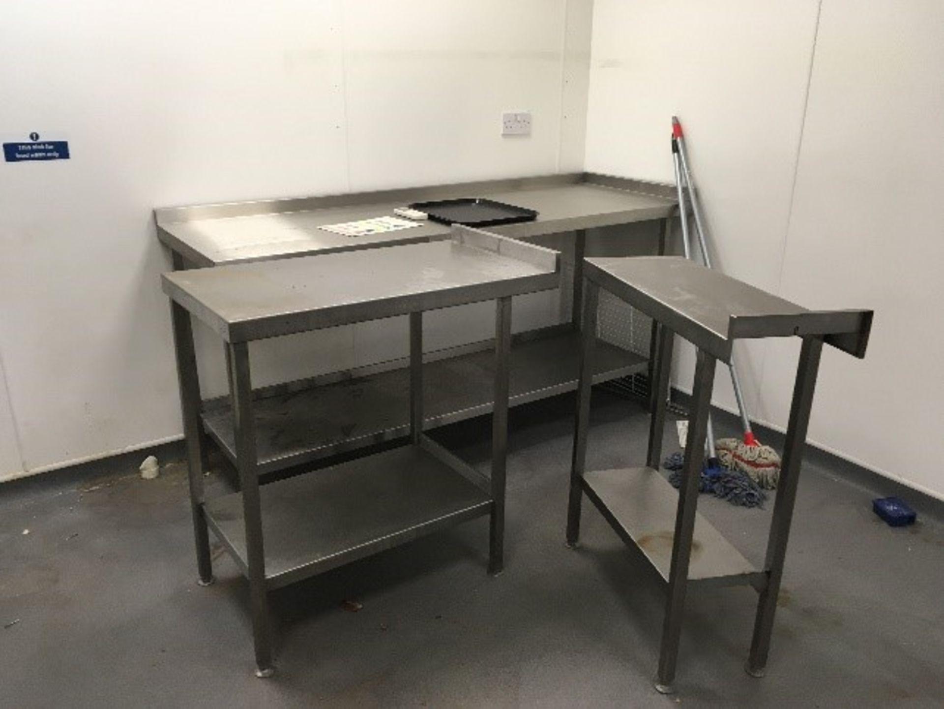 Lot 8 - Stainless Steel Kitchen Units Medium