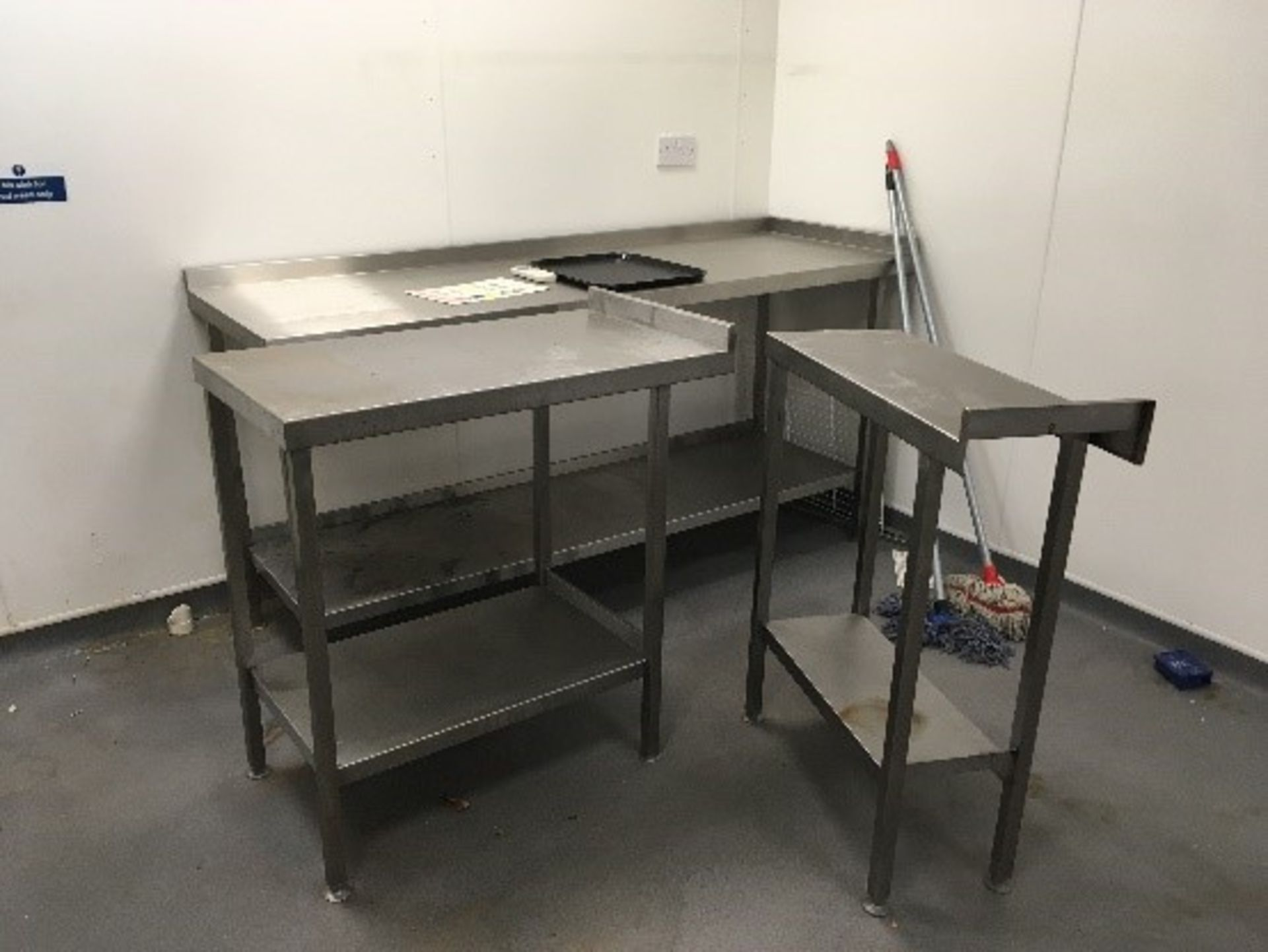 Lot 7 - Stainless Steel Kitchen Unit Large