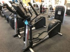 x1 Life fitness Cross trainer