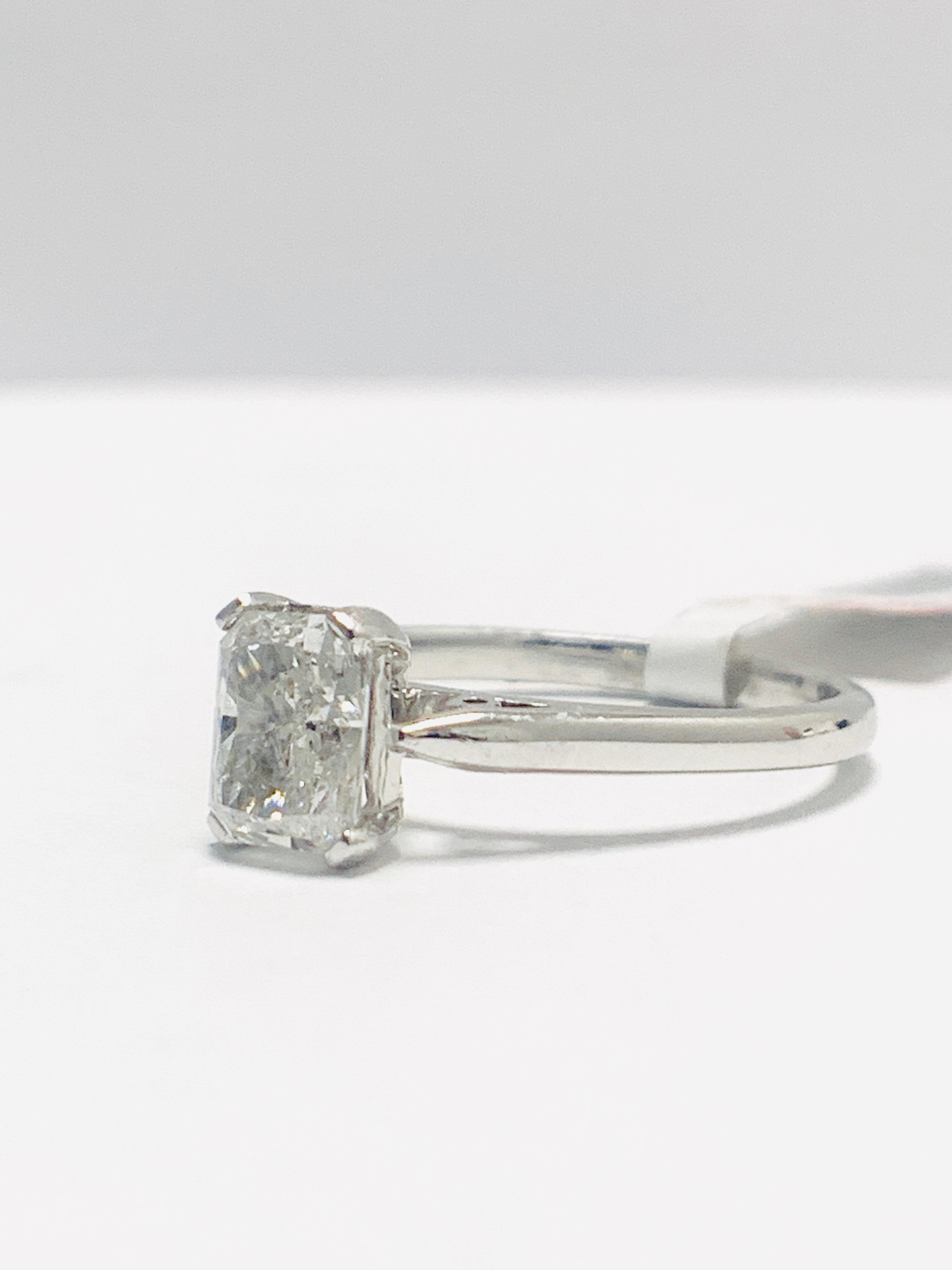 Lot 7 - 1ct Radiant cut natural diamond