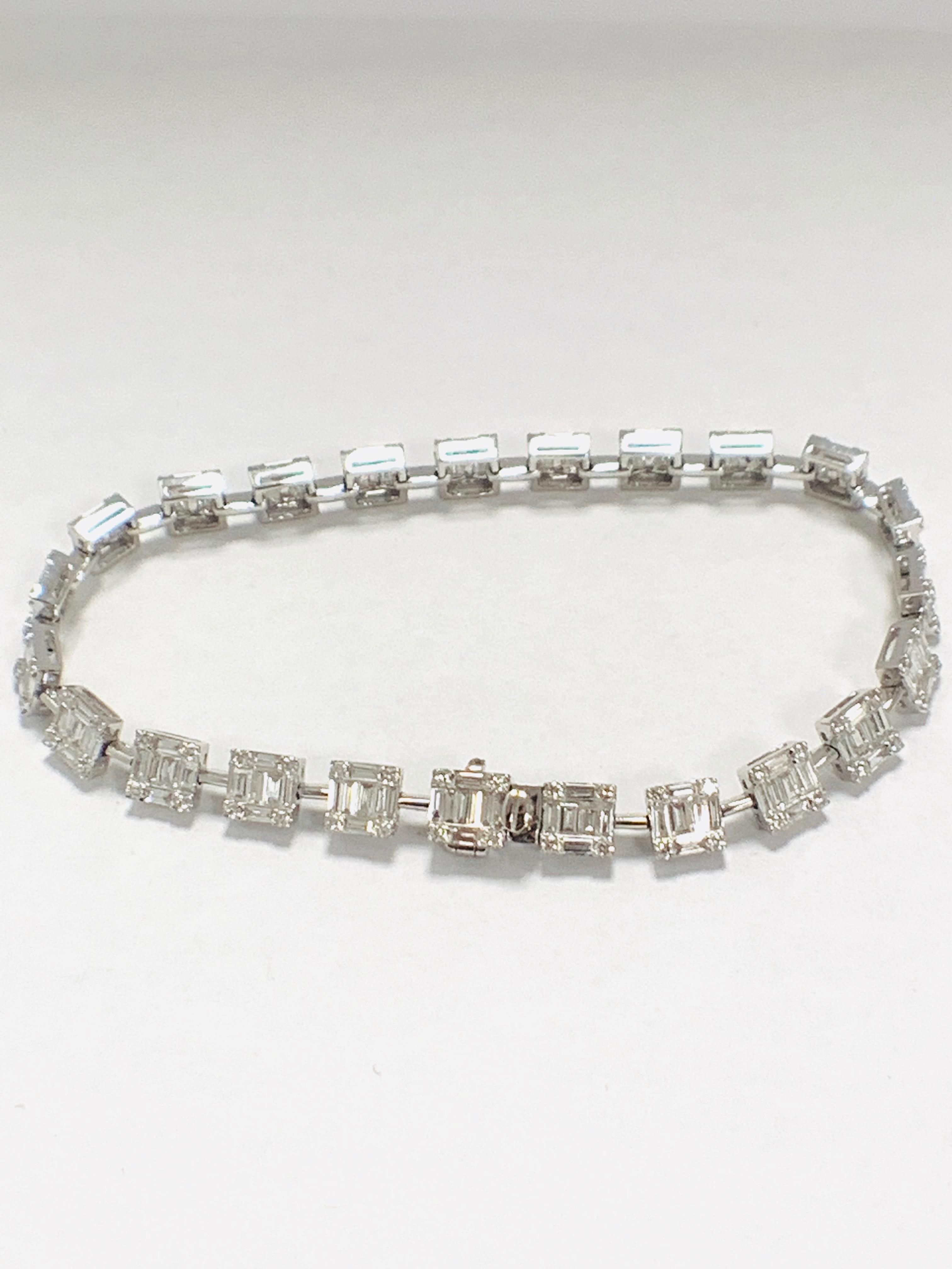 Lot 48 - 18ct White Gold Diamond bracelet