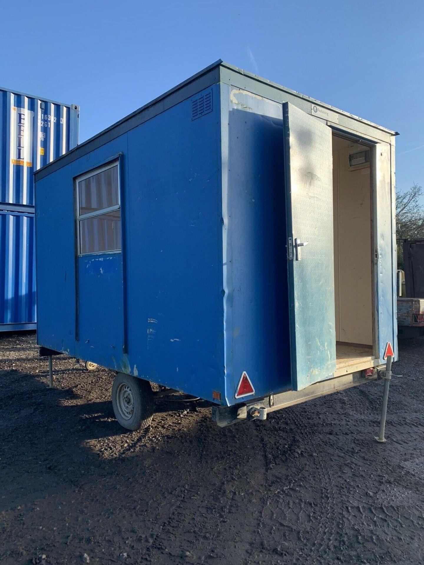 Lot 107 - Steel Portable Office