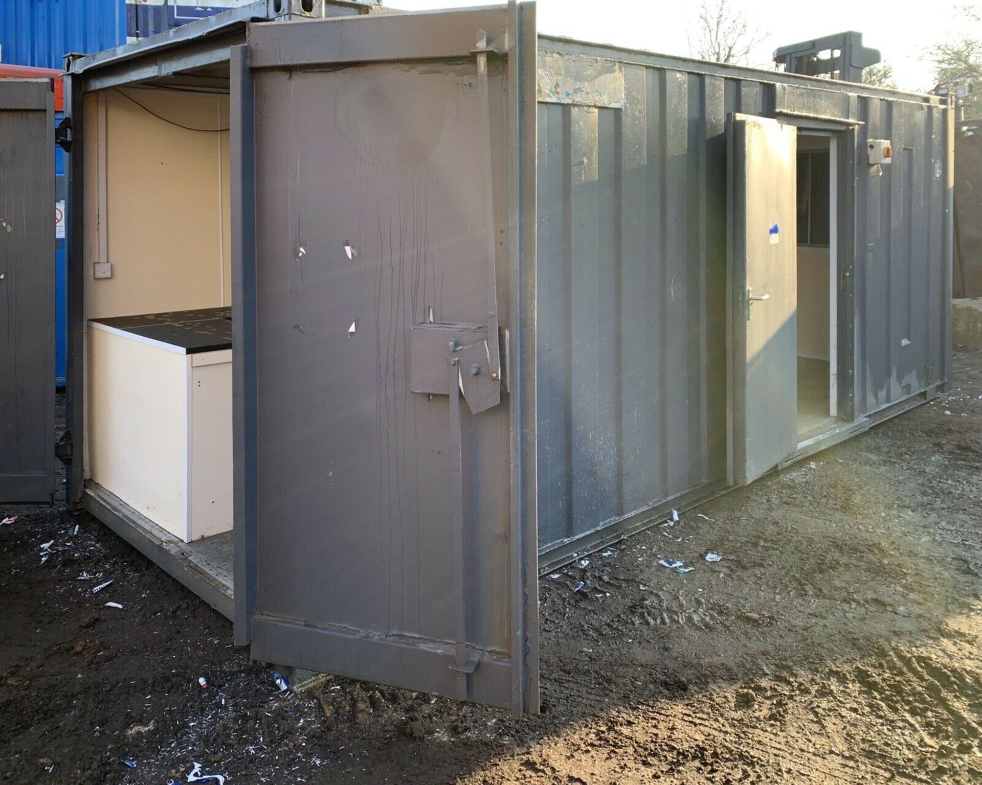 Lot 108 - Anti Vandal Steel Portable Office / Storage / Canteen