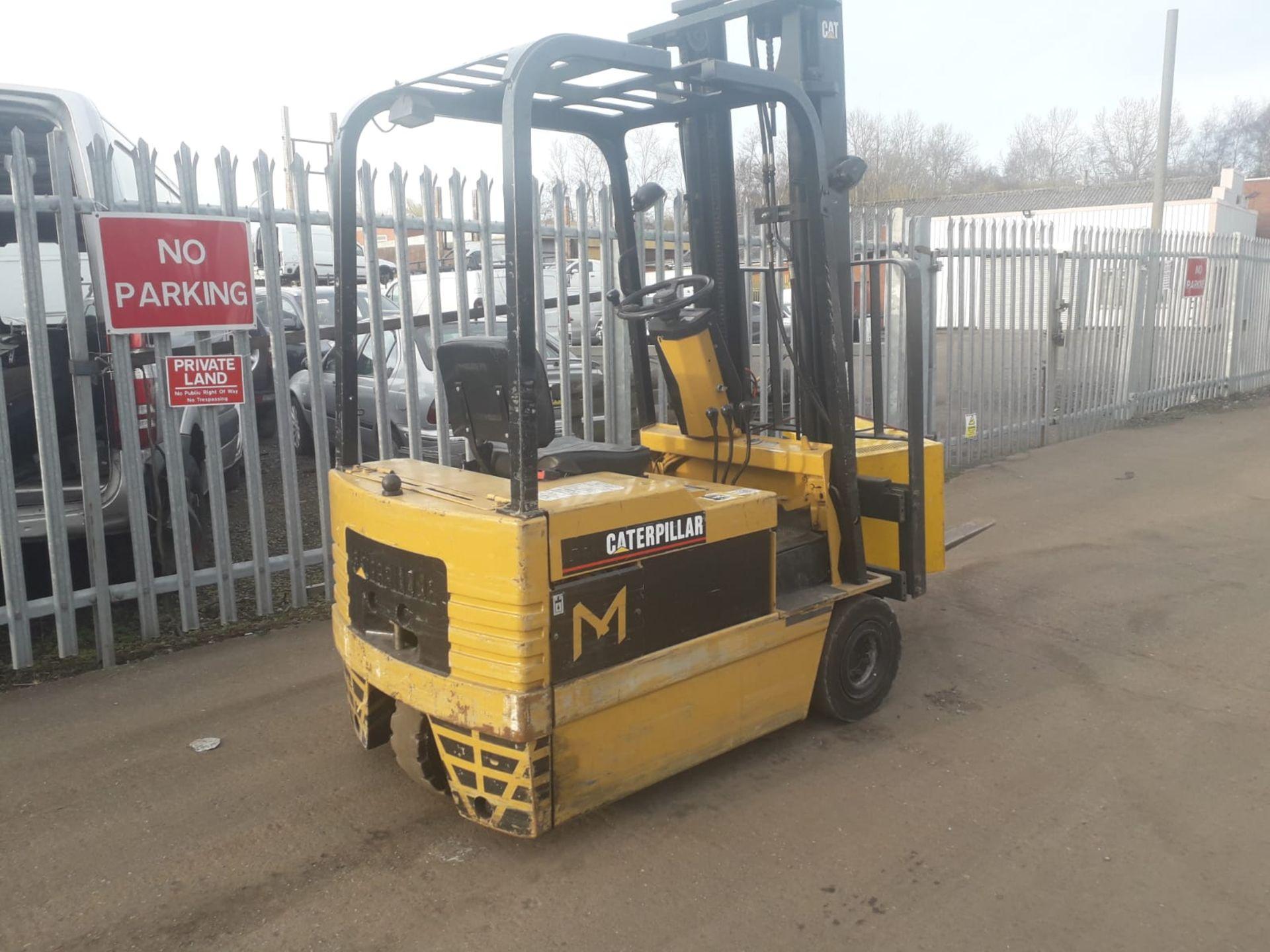 Lot 126 - Caterpillar 1.5 Tonne Electric 3 Wheel Forklift
