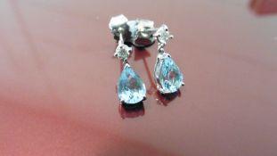 0.70Ct Drop Style Earrings.