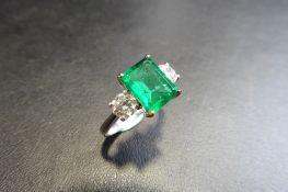 18Ct White/Yellow Gold Emerald Diamond Three Stone Ring,