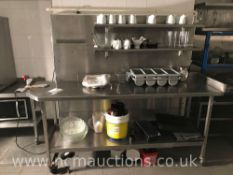 Stainless steel counter on castor wheels and 2x shelves
