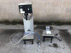 2x coffee preparation machines