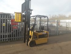 Caterpillar 1.5 Tonne Electric 3 Wheel Forklift