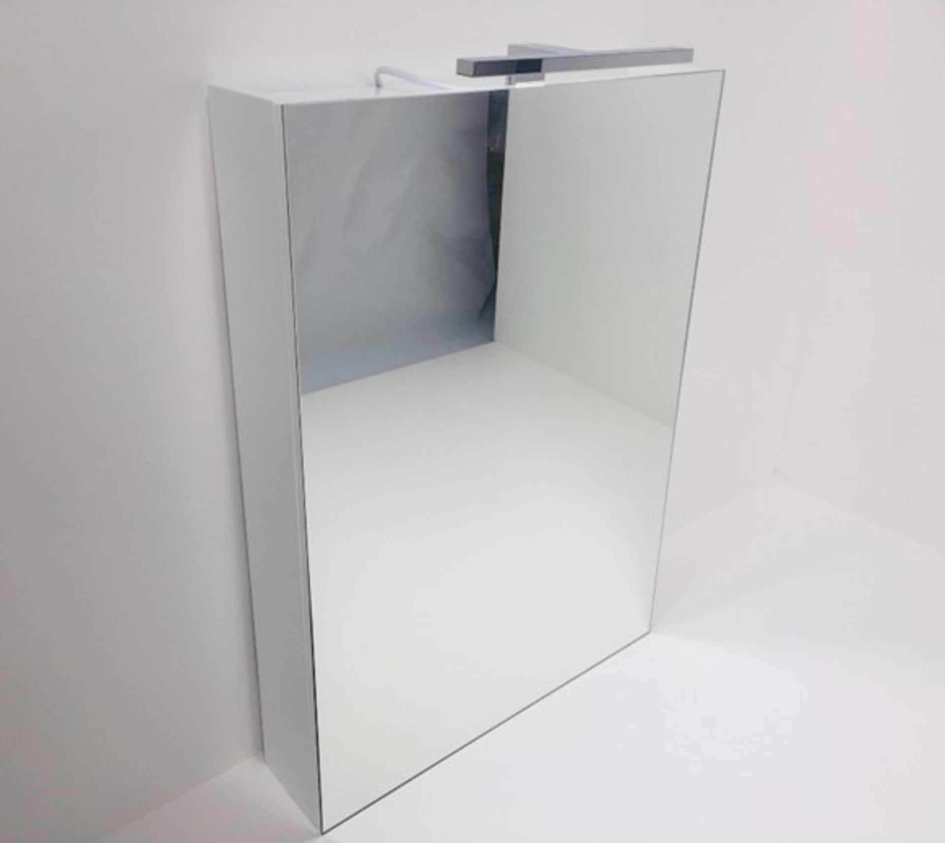 Lot 29 - x 5 Mirrored Cabinets In White With LED Light