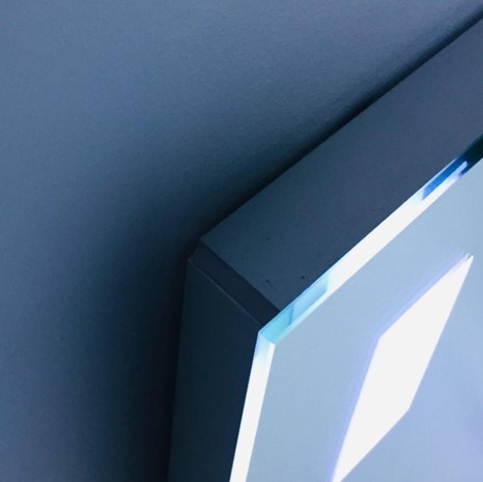 Lot 47 - x 5 Bathroom Illuminated LED Mirrors